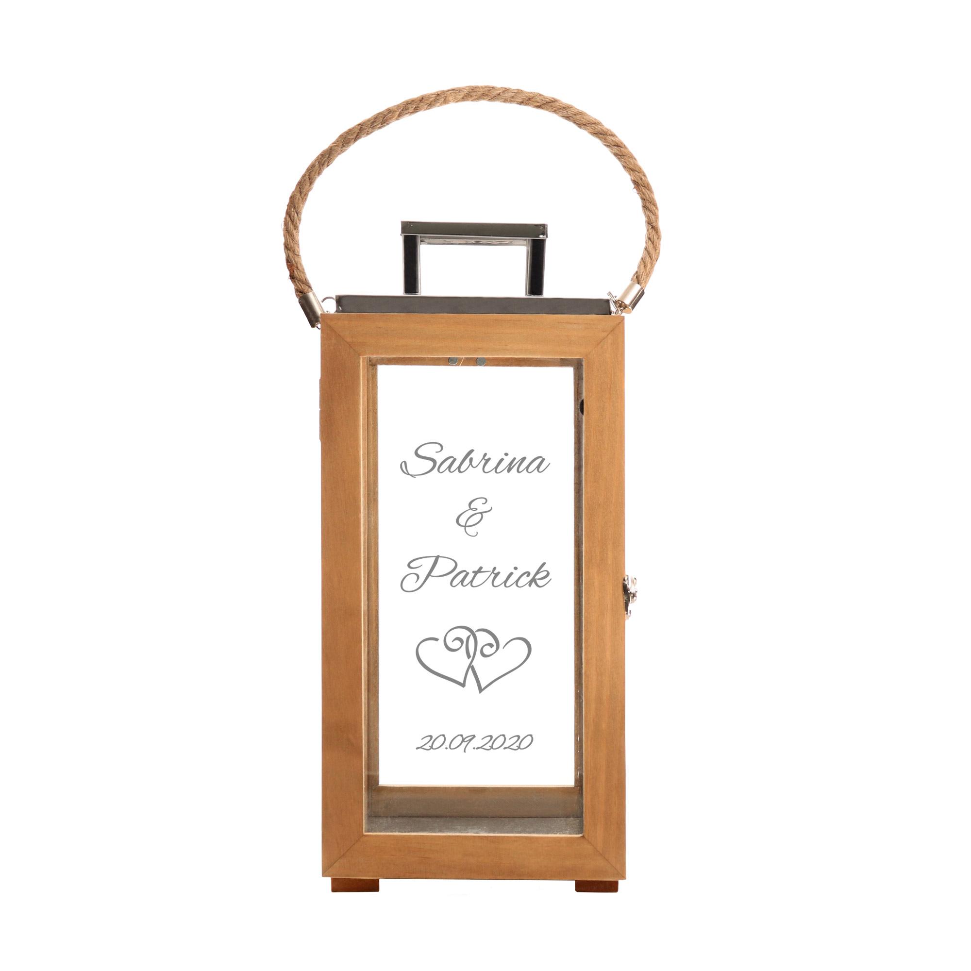 Laterne aus Holz - Graviert mit Herzen - Personalisiert