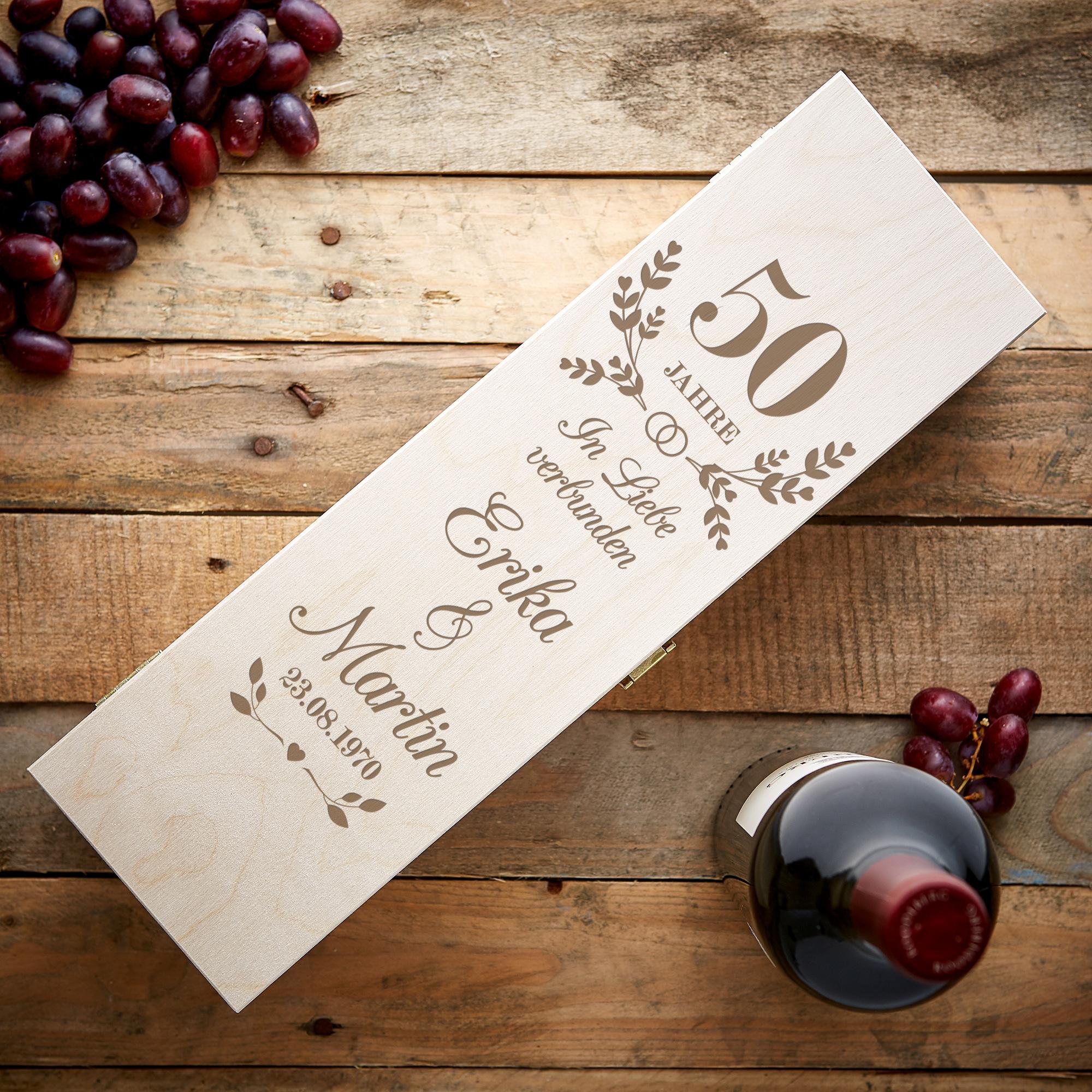 Gravierte Weinkiste zur Goldenen Hochzeit - Personalisiert