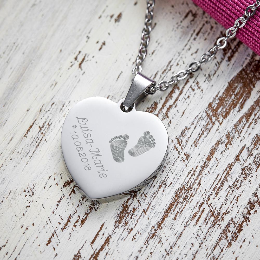Herz Anhänger Kette mit Gravur Babyfuss - Personalisiert