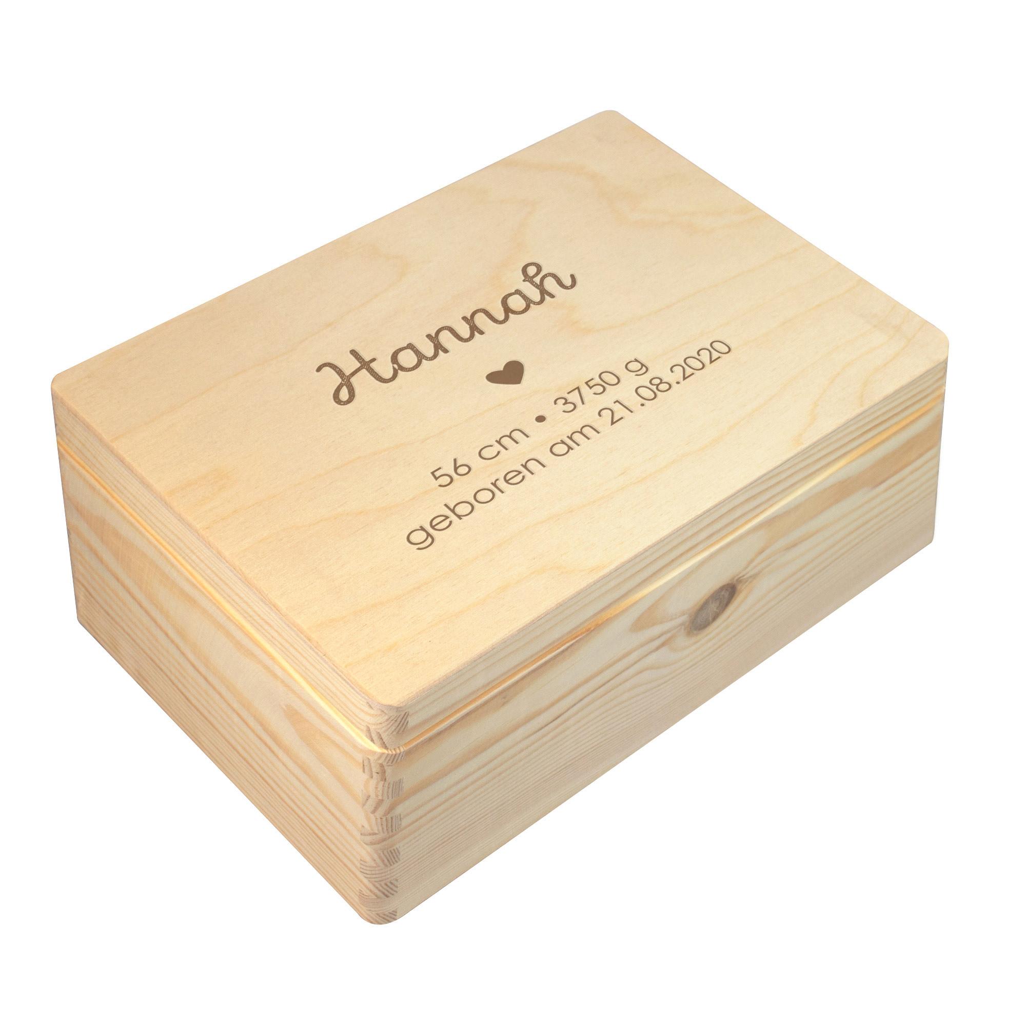 Keepsake Box zur Geburt mit individueller Namensgravur
