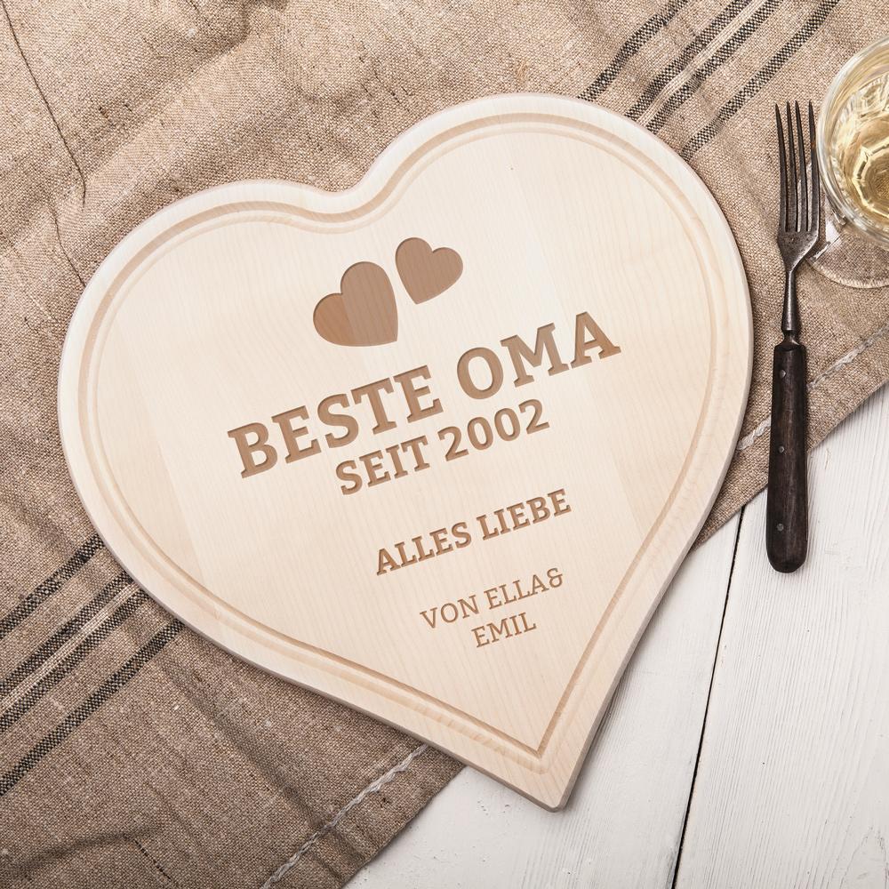 Herzbrett mit Gravur - Beste Oma - Herzen