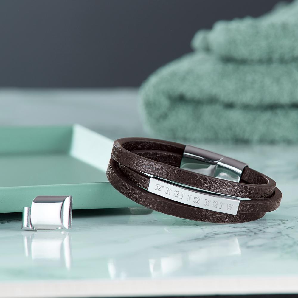 Herrenarmband mit Gravur - Leder - Braun - Armband - Geokoordinaten