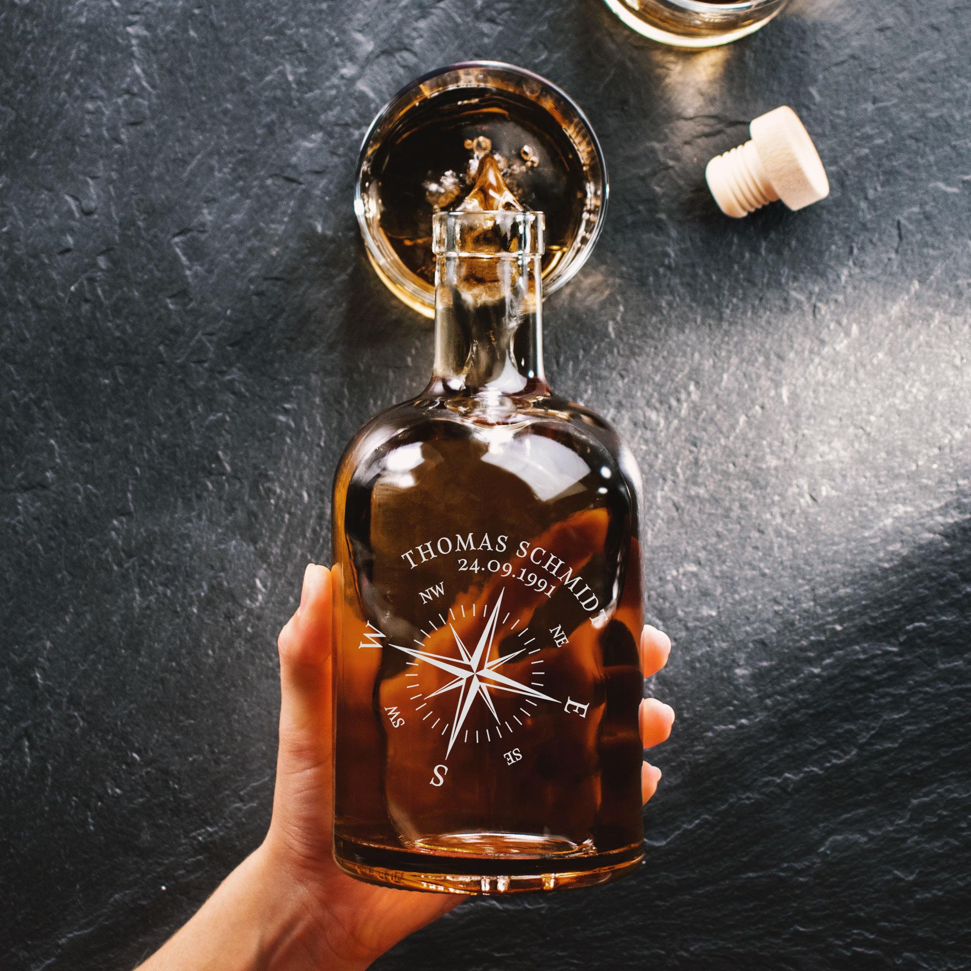 Glaskaraffe mit Gravur - Kompass - Personalisierte Ginflasche