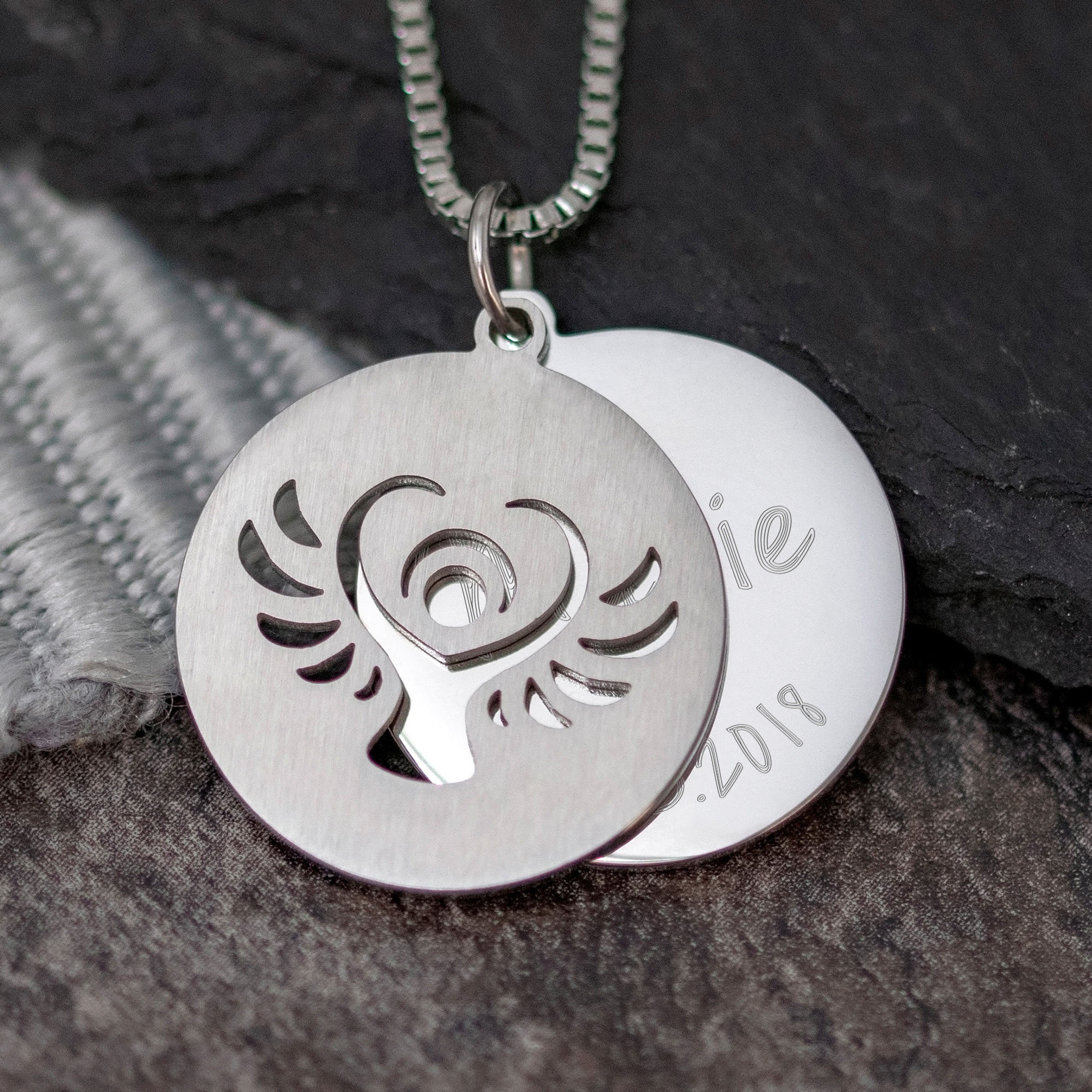 Halskette mit Gravur - Schutzengel und Name und Datum - Silber