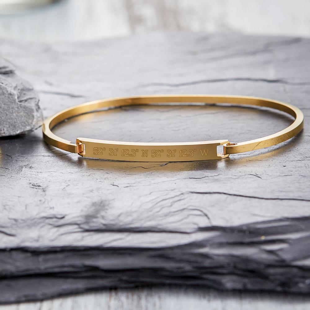 Armreif mit Gravur - Geokoordinaten Gold - Personalisiert