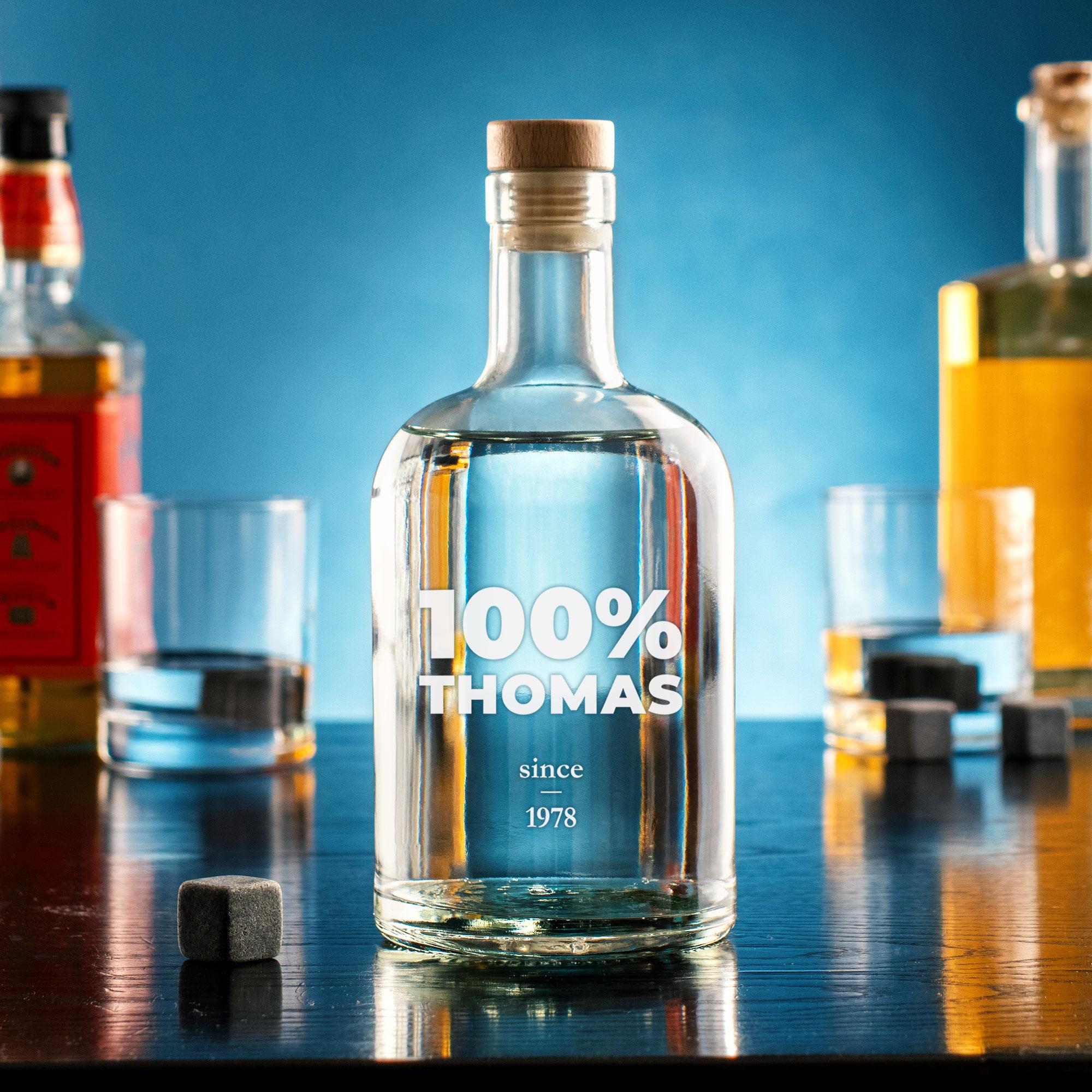 Glaskaraffe mit Gravur - 100 Name - Personalisiert