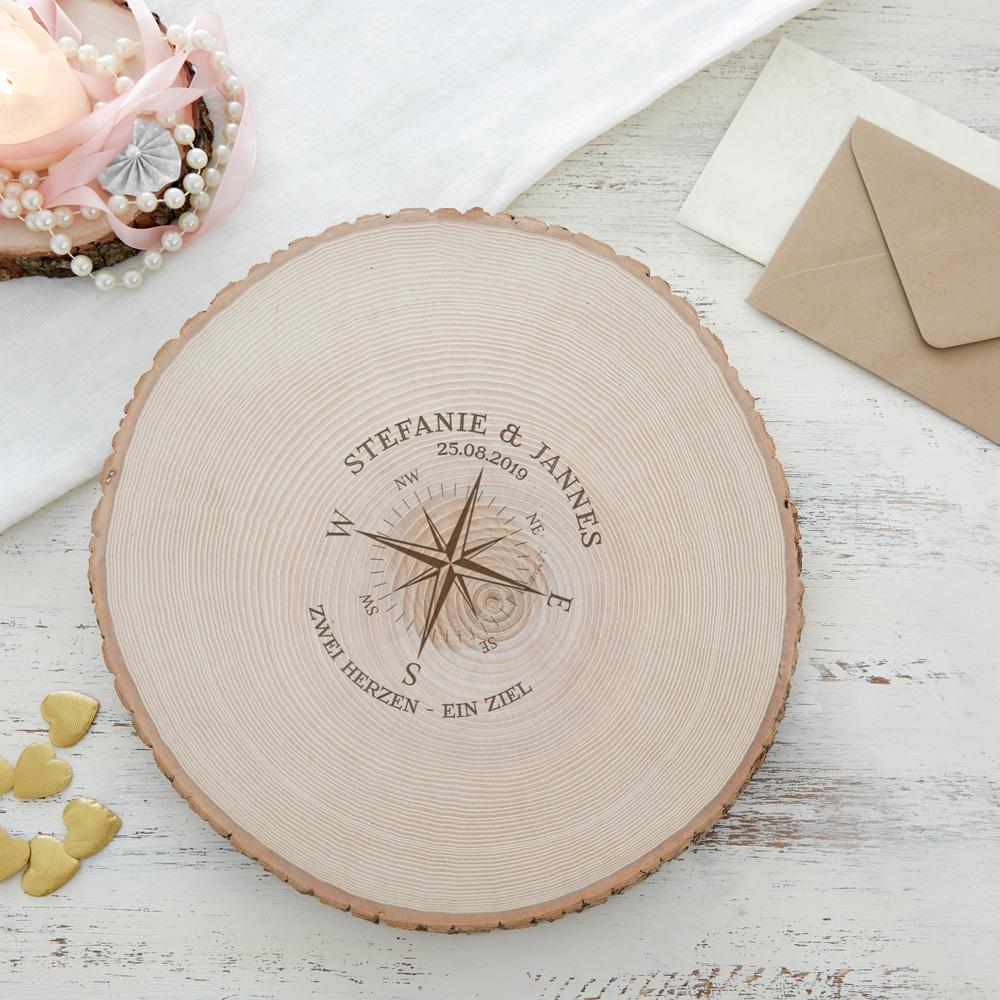 Riesen Baumscheibe mit Gravur - Liebes Kompass - Personalisiert